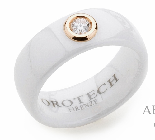 Orotech ring met wit keramiek en diamant