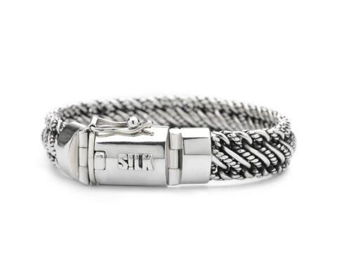 Silk armband 734 Madonna
